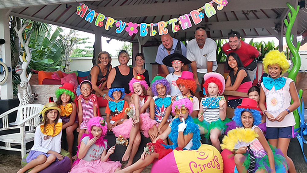 kids birthday party bali clown